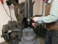 A quick change to a top fullering die on Mattias' mechanical hammer.